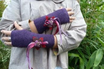 Mitaines en laine bouillie décorées