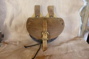 """Escarcelle de type médiévale marron vieilli et cuir rustique """"usé"""""""