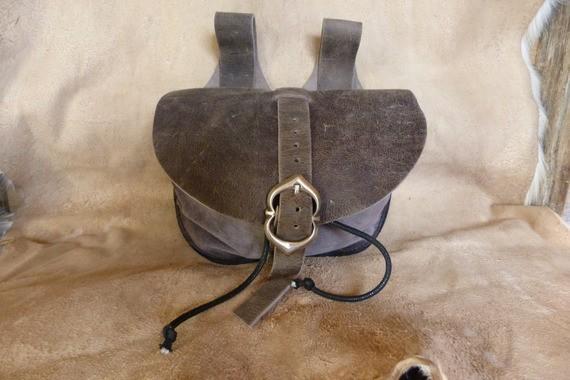 Escarcelle de type médiévale grise