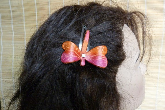 "Barrette ""libellule "" féerique cuir orange et rose"